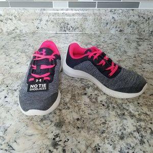 Under Amour Girl Sneaker 12 Ggs Mojo No Tie Shoe